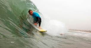 Surfer tom seth